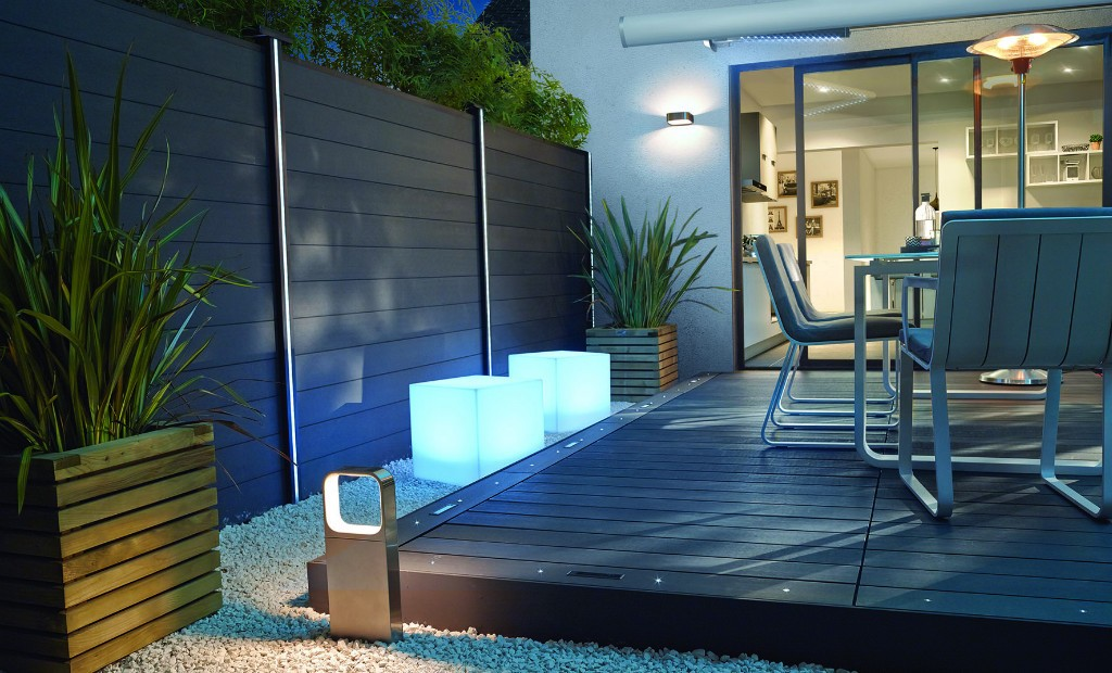 Mise en lumi re ext rieure article la r publique de for Lumiere exterieure jardin